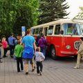 Historické autobusy Škoda 706 RTO BusLine na Muzejní noci