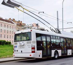 Velkokapacitní elektrobusy začnou jezdit na letiště Václava Havla
