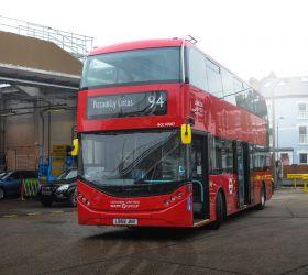 V Londýně jezdí 29 nových patrových elektrobusů BYD ADL