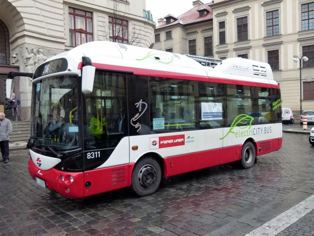 Elektrobus_01 V Praze