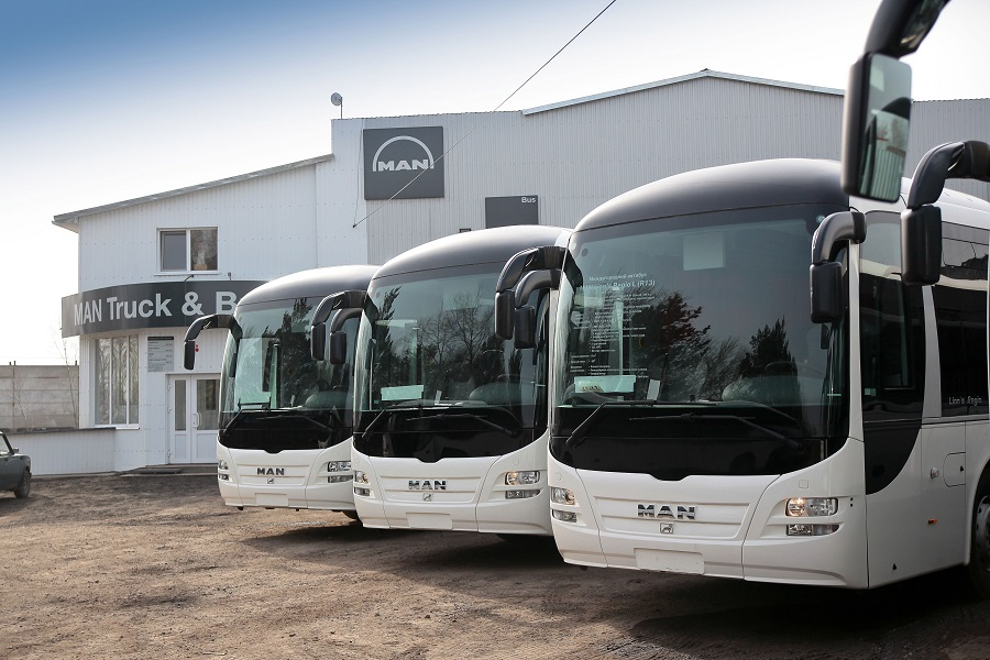 P_Bus_EOT_Lions_Regio-01
