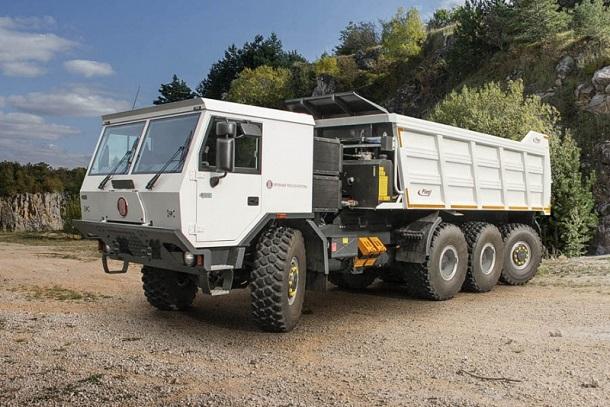 Tatra 4
