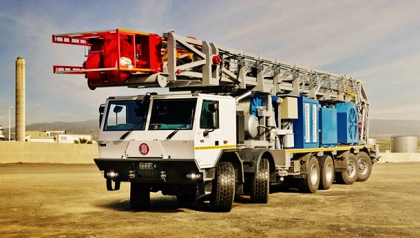 tatra-special-03_t815-7_12x8_drilling-rig_01