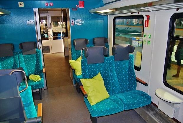 Moderní interiér motorové vlakové soupravy Arriva, foto: Zdeněk Nesveda