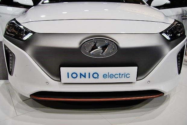 Elektromobilita 12