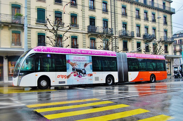 Van Hool ExquiCity 18 trolejbus Ženeva 2016_ Zdeněk Nesveda 3