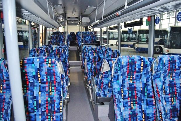 Interiér Setra 415 business LE MultiClass v barvách ICOM transport, všechna sedadla jsou vybavená pásy, foto: Zdeněk Nesveda