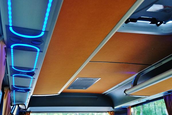 autobus-isuzu-novo-lux-2016_12