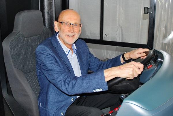 PhDr. Jan Novotný z pořádající společnosti Incheba Expo, představuje nejnovější aktuální informace o veletrhu CZECHBUS 2017, foto: Zdeněk Nesveda
