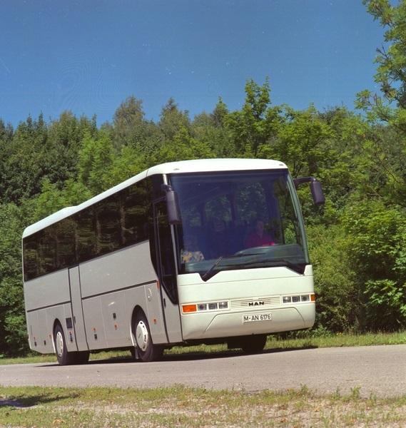 p_bus_eot_lionscoach-1996