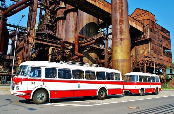 Škoda 706 RTO KAR z Dopravního podniku Ostrava, nejsledovanější autobus na českém internetu, foto: Zdeněk Nesveda
