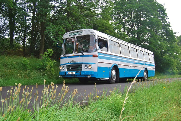 sl-11-tourist-malek-bus-ok