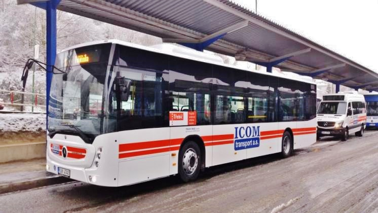 Deset zbrusu nových nízkopodlažních autobusů Mercedes - Benz Conecto bude jezdit v Třebíči, foto ICOM transport