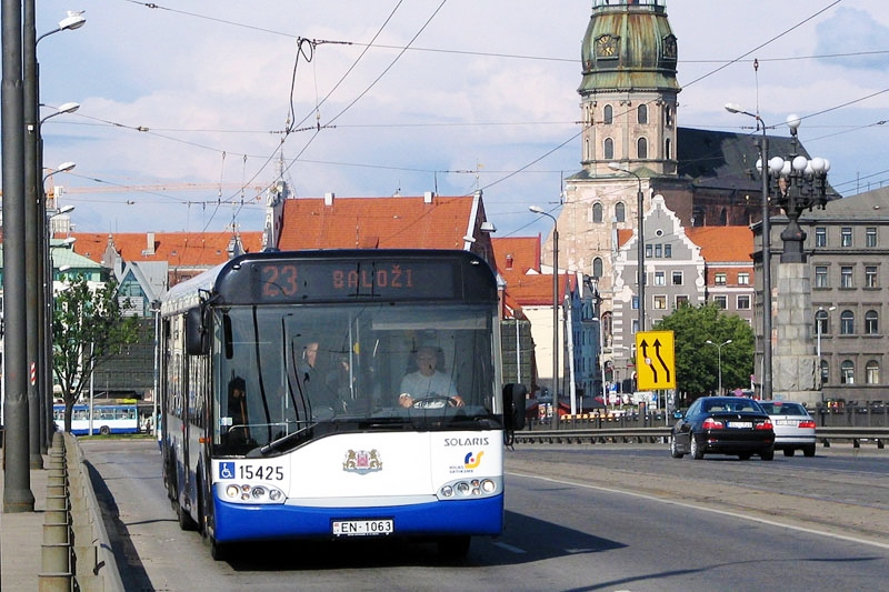 Trolejbus Solaris v hlavním městě Riga, foto: Zdeněk Nesveda