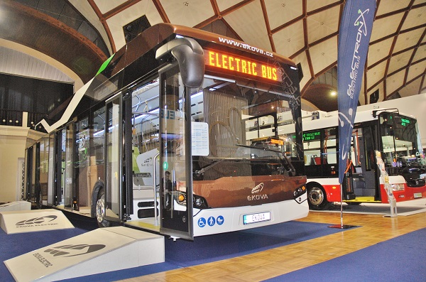 Elektrobus  Ekova Electron na veletrhu CZECHBUS 2016, foto: Zdeněk Nesveda