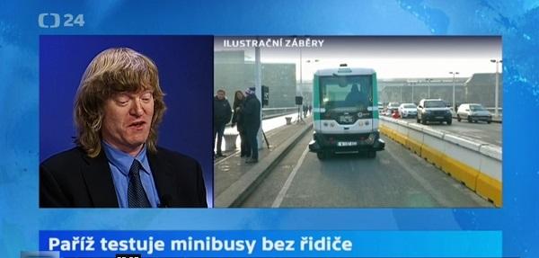 Paříž testuje minibusy bez řidiče, v pořadu ČT 24 Jakub Slavík odborník na elektromobilitu, foto: ČT