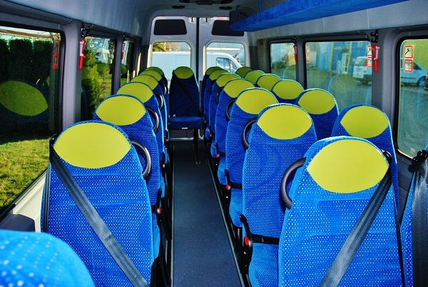 Školní autobus Mercedes-Benz 519 CDI Sprinter - KHMC, připravený pro zákazníka z Rakouska.