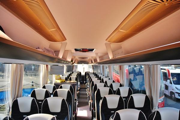 Skvostné osvětlení interiéru, navozuje nádherně útulnou atmosféru, foto: Zdeněk Nesveda
