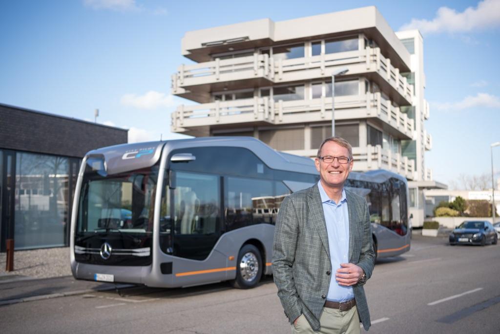 My v divizi Daimler Buses jsme se svým výkonem za rok 2016 spokojeni, říká Hartmut Schick