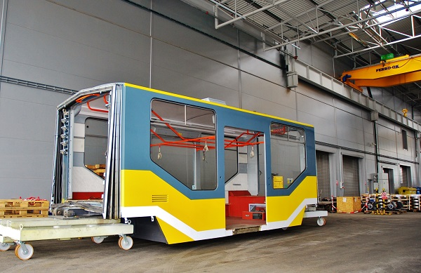 PMDP, nejmodernější evropské depo pro autobusy a trolejbusy. Opravuji se zde i tramvaje (foto: Zdeněk Nesveda)