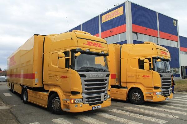 Šest nových tahačů Scania R 450 pro DHL Supply Chain (foto: Scania)