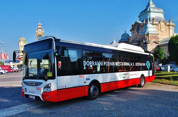 Nový ekologický městský autobus Iveco Urbanway 12M CNG pro  DPMB, vystavený v Praze na veletrhu  Autoshow. (foto: Zdeněk Nesveda)