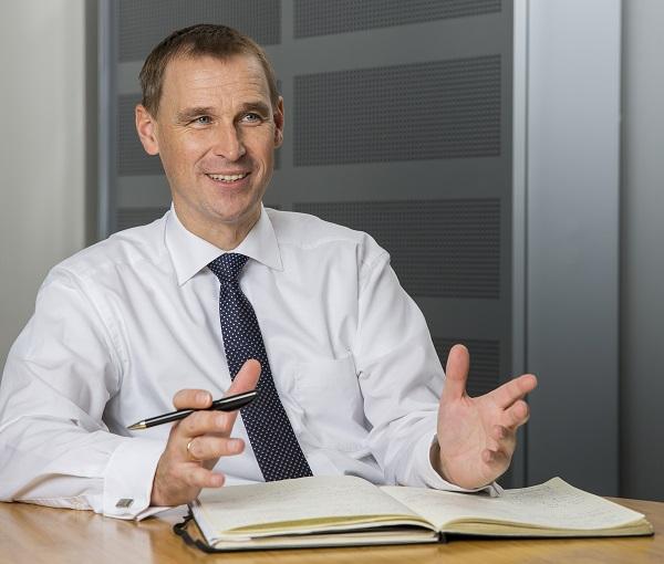 Michael Kobriger, viceprezident divize výroby autobusů ve společnosti MAN Truck & Bus