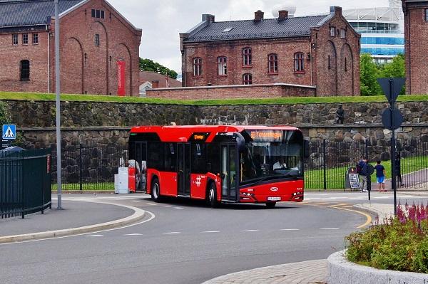 Elektrobusy Solaris pro Unibuss s 31 místy k sezení budou vybaveny elektrickým pohonem ZF AVE 130 s elektromotory umístěnými na nábojích kol: foto: Solaris)
