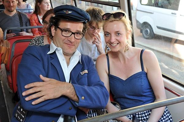 V roli průvodčího se představil herec a mim Martin Sochor. (foto: BusLine)