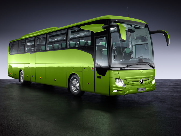 Světová premiéra Mercedes-Benz Tourismo RHD (foto: Daimler)