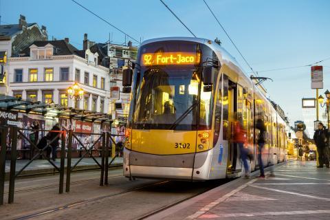 U linky 94 bylo zužitkováno 97 % brzdné energie a pouze 3 % přeměněno na teplo v odpornících Foto: CIVITAS)