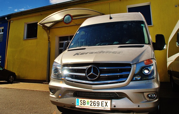 KHMC bude vyrábět více malých autobusů Mercedes - Benz Sprinter (foto: Zdeněk Nesveda)