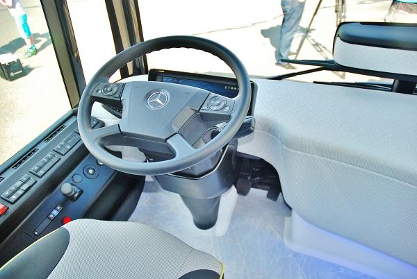 Společnost EvoBus představila Mercedes-Benz Future Bus CityPilot v Holýšově 10. 7. 2017 novinářům (foto: Zdeněk Nesveda)