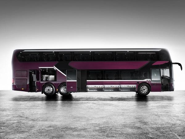 Setra 531 DT modernější, úspornější, pohodlnější a ještě víc bezpečná (foto: Daimler Buses)