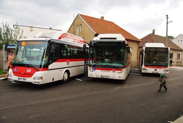 V systému PID budou nově zahrnuty veškeré autobusové linky mezi Prahou a Kladnem (ilustrační foto: Zdeněk Nesveda)