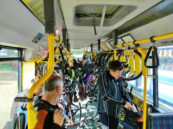 Doprava cyklobusy Krkonoše, Jizerky, Český ráj je v plném proudu (foto: BusLine)