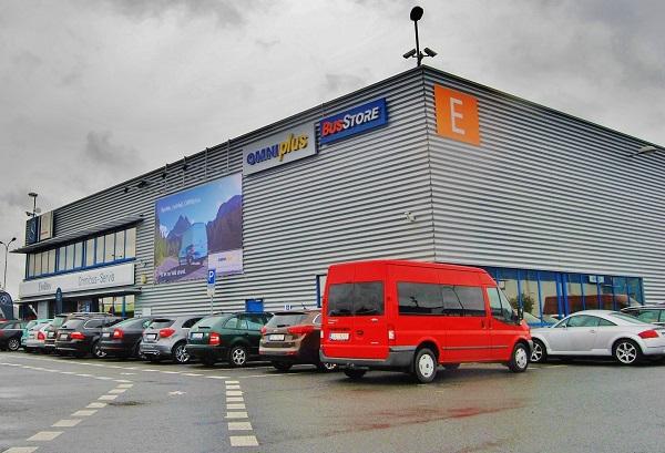 Praha, jedno z 650 servisních středisek Omniplus v Evropě, kam také přichází díly z SpareParts LogisticsCentre (foto: Zdeněk Nesveda)