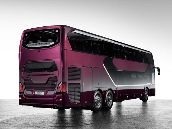 Světová premiéra: nový patrový autokar Setra S 531 DT TopClass je tady, ve Stuttgartu ho 6.7. 2017 představila společnost Daimler (foto: Daimler Buses)