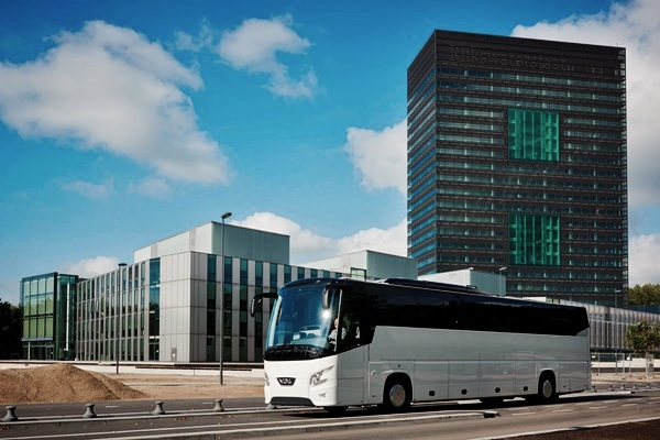NOVINKA od VDL - 13, 5 dlouhý turistický autobus s kapacitou až 62 míst pouze na dvou nápravách (foto: VDL)