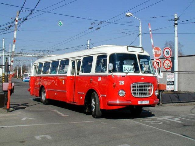 Autobus 28 typu Škoda 706 RTO MTZ (foto: DPMP)