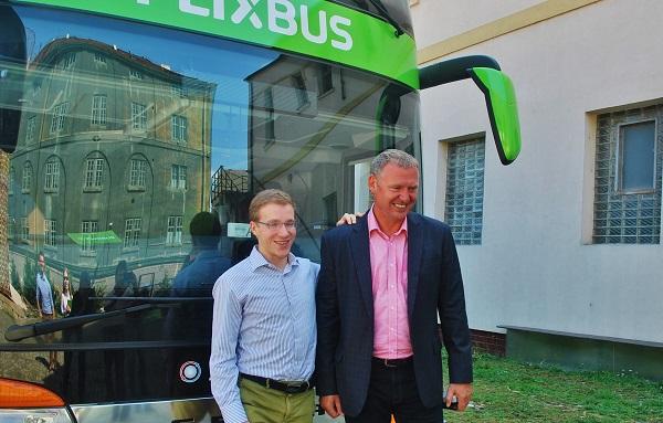 Pánové zleva: Pavel Prouza ředitel společnosti FlixBus pro Českou republiku a Slovensko, Pavel Steiner, zakladatel a jednatel společnosti Umbrella Coach & Buses (foto: Zdeněk Nesveda)