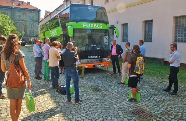 Včera na tiskové konferenci v Praze společnost FlixBus společně s českým dopravcem, společností Umbrella Coach & Buses s.r.o. oznámily vstup na vnitrostátní autobusové linky v Česku (foto: Zdeněk Nesveda)