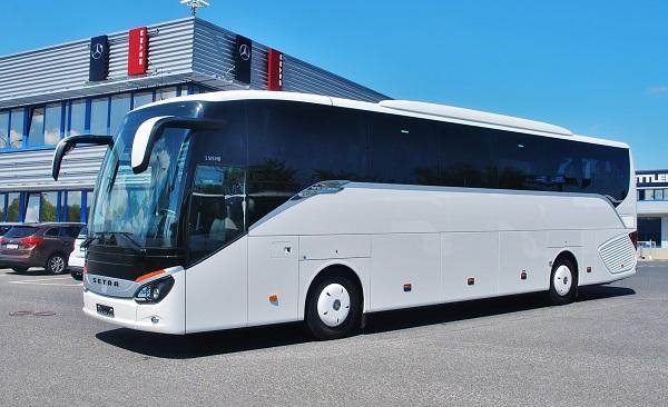 Autobus Setra S 515 HD s bezkonkurenčně nízkou spotřebou 18,3 l/100 km (foto: Zdeněk Nesveda)