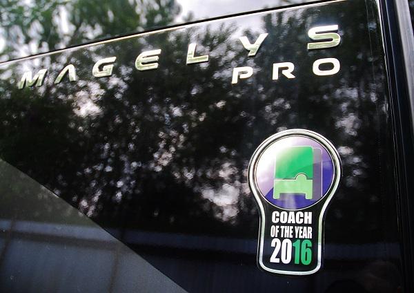 """Iveco Magelys Pro, držitel ocenění """"COACH OF THE YEAR 2016"""" - autokar s nezaměnitelným designem (foto: Zdeněk Nesveda)"""
