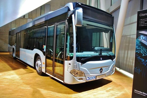 Světová premiéra Mercedes - Benz Citaro hybrid (foto: Zdeněk Nesveda)