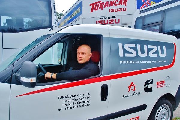 Viktor Wiesner, jednatel společnosti TURANCAR CZ, výhradní zastoupení ISUZU BUS v ČR (foto: Zdeněk Nesveda