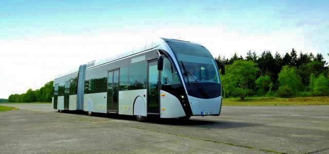 18,62 m dlouhý Exqui.City pojme 125 cestujících (foto: Van Hool)