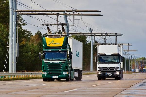 Po zkušebním provozu ve Švédsku se také Německo dočká své první elektrifikované dálnice (foto: Siemens)