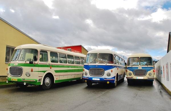 Autobusy Škoda 706 RTO členů RTO klubu, zleva: Michal Zubr, Vladimír Jandus a Míla Zelinka ( foto: Zdeněk Nesveda)