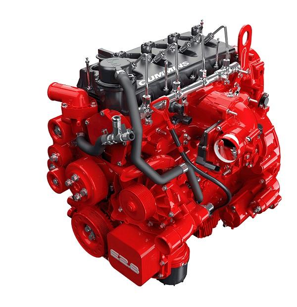 Motor Cummins o objemu 2,8 litru, který je součástí systému REEV, představuje 60% snížení objemu ve srovnání s motory používanými v ekvivalentním porovnání běžných naftových motorů. (foto: Cummins)